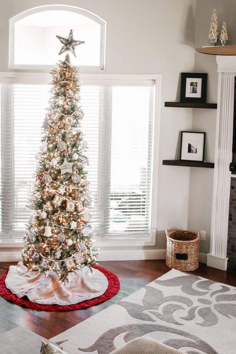 christmas tree the slim tree - Pencil Christmas Tree Decorating Ideas