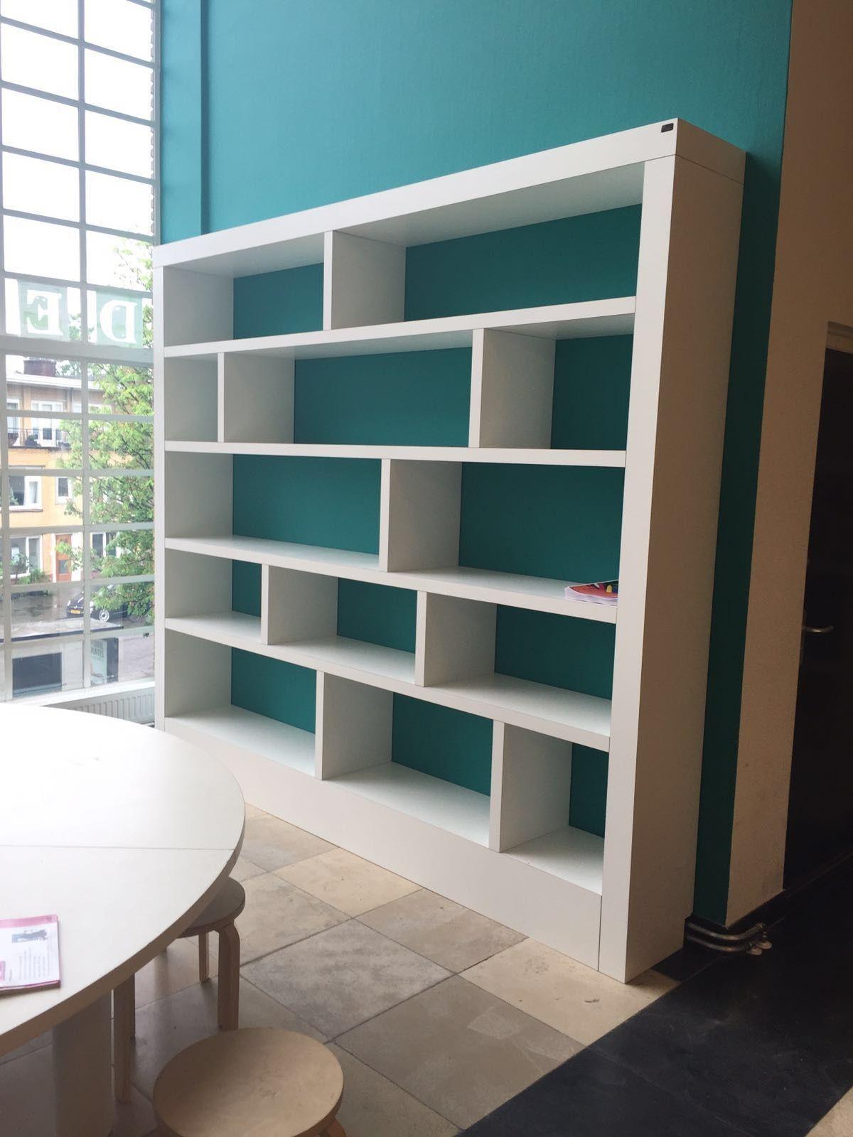 Speelse hpl vakkenkast / boekenkast op maat gemaakt   Shelf It ...