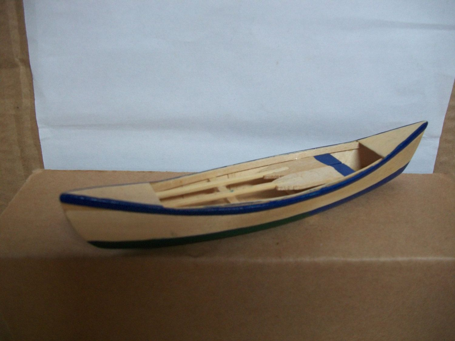how to make a miniature boat