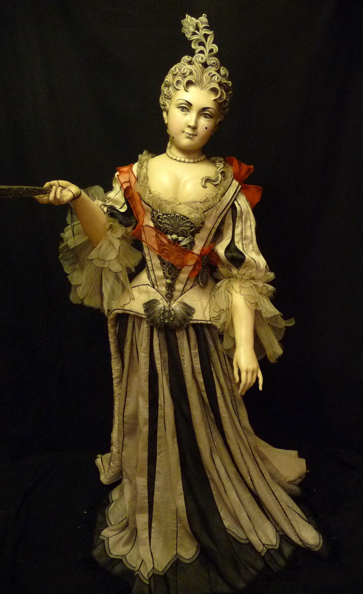 Wooden dolls from Julia Sochilina 24