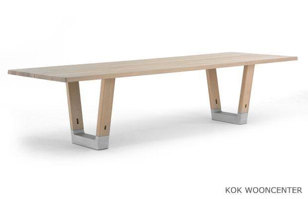 Arco tafel base van lokaal eiken vans tables and interiors