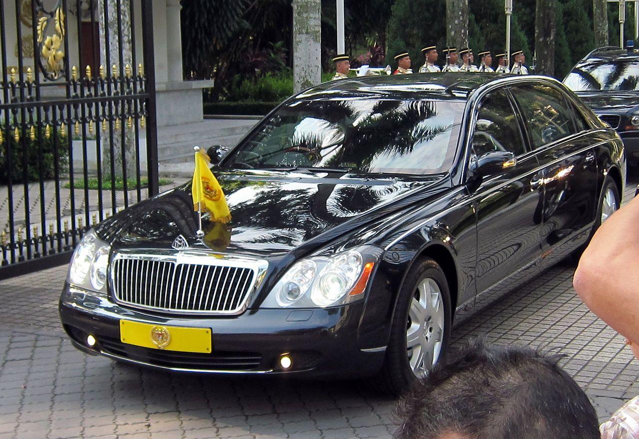 Maybach of Yang di-Pertuan Agong (Malaysia) Official State Car ...