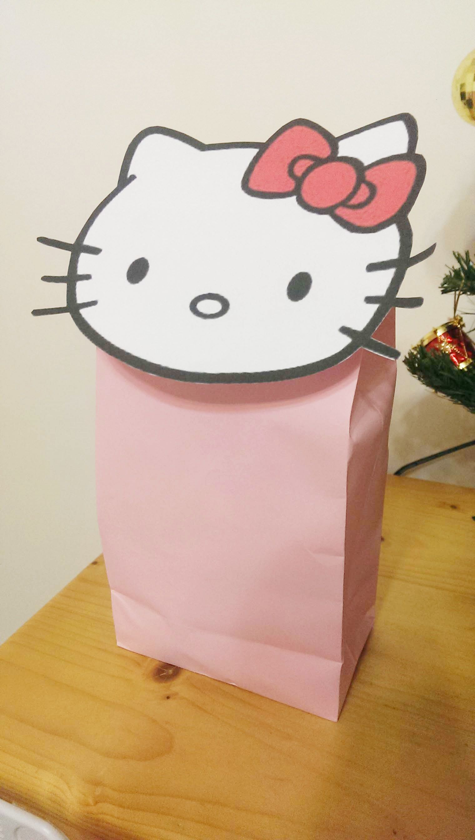f0b35222657c For girls who like Hello Kitty. Find this Pin and more on Gift Wrapping for  Kids ...