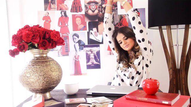 BT ♥ RED by Thássia Naves. Em um minuto e meio de vídeo, o Blog da Thássia te convida a se inspirar pela cor vermelha e toda a sua relevância no atual momento da moda.