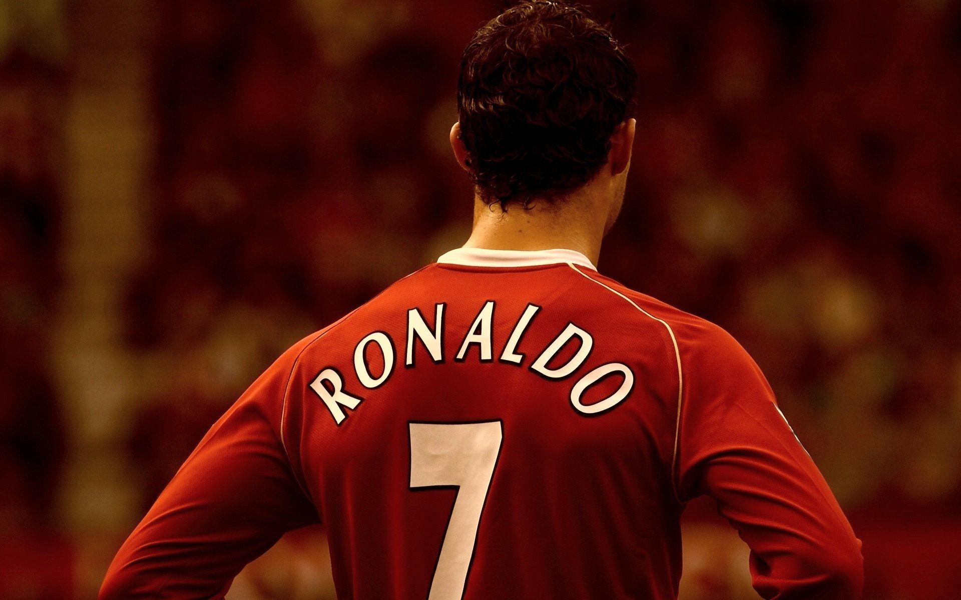 Download HD CRISTIANO RONALDO Football Player Wallpapers