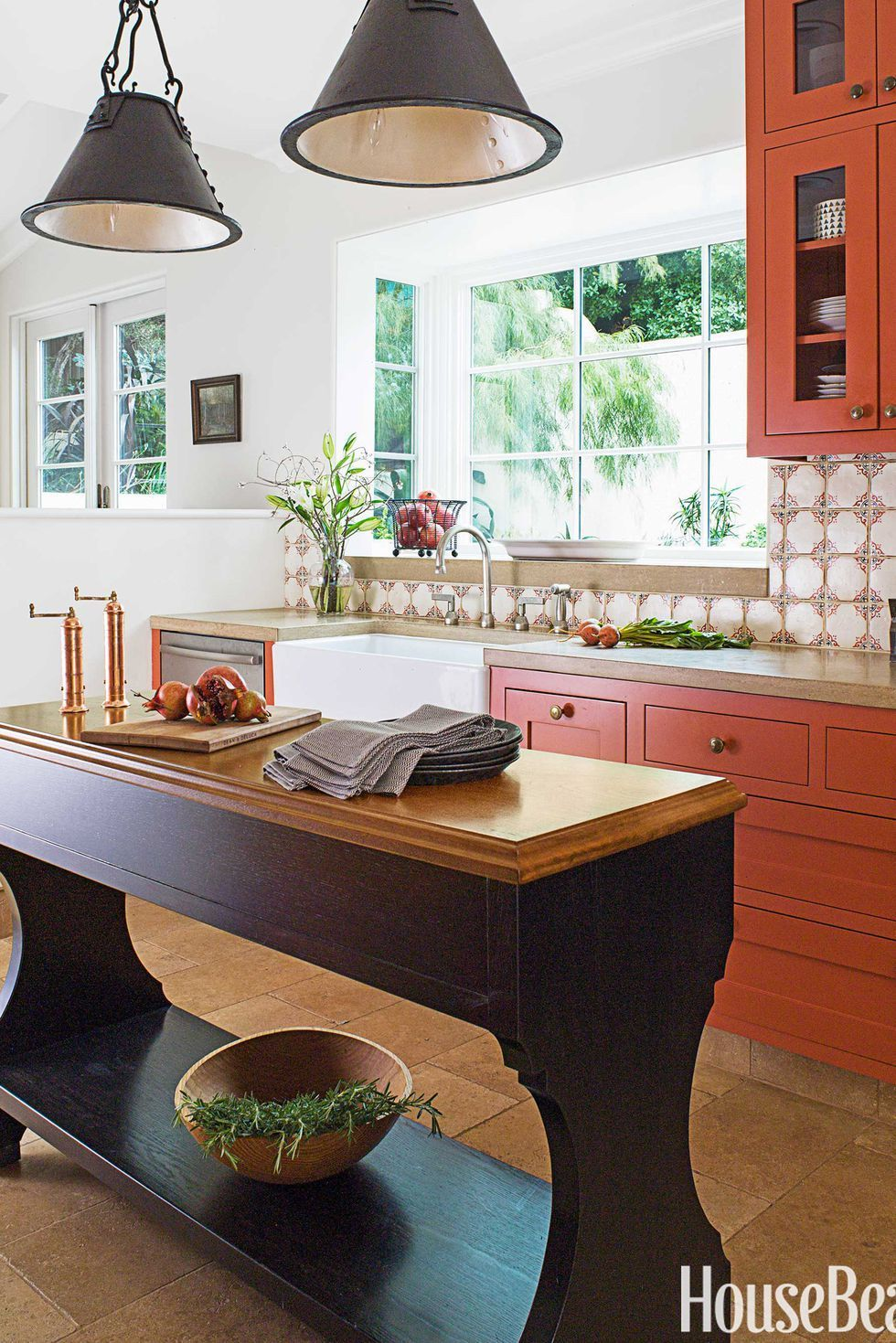 10 Alternative Kitchen Cabinet Colors Everyone S Loving In 2020 Burnt Orange Kitchen Orange Kitchen Kitchen Cabinet Colors