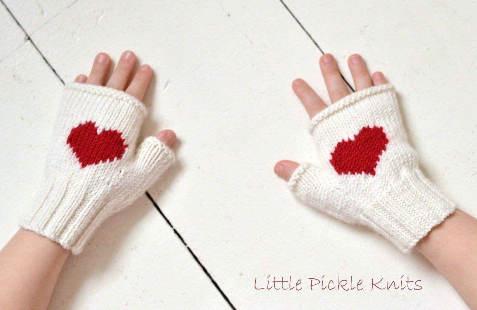Heart Fingerless Mittens pattern by Linda Whaley