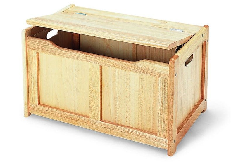 Large Wood Toy Chest Toy Chest In A Gorgeous Natural Wood Finish This Classic Toy Box Will Chest Woodworking Plans Woodworking Plans Toys Wood Toy Box