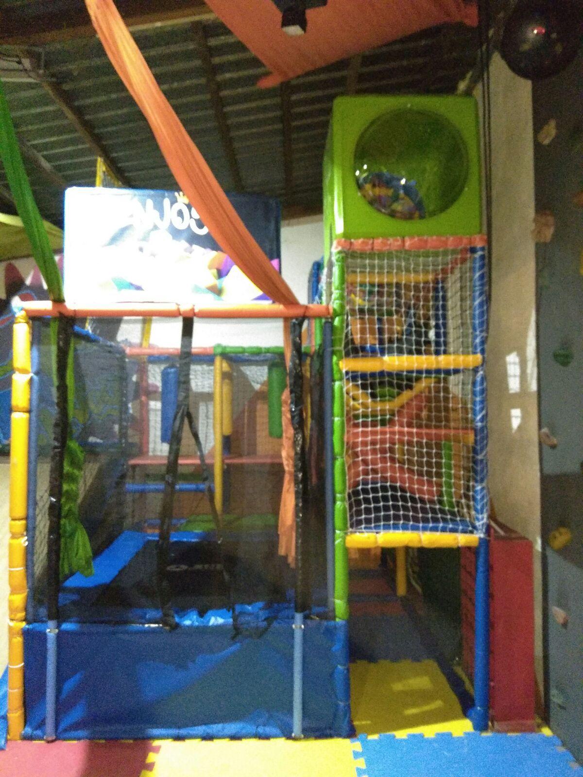 Pelotero Infantil Reforma De Pelotero Infantil Cama Elastica A  # Muebles Rotomoldeados