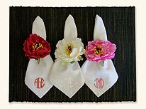 Individuales jacintos servilletas con iniciales bordadas, servilleteros de flor
