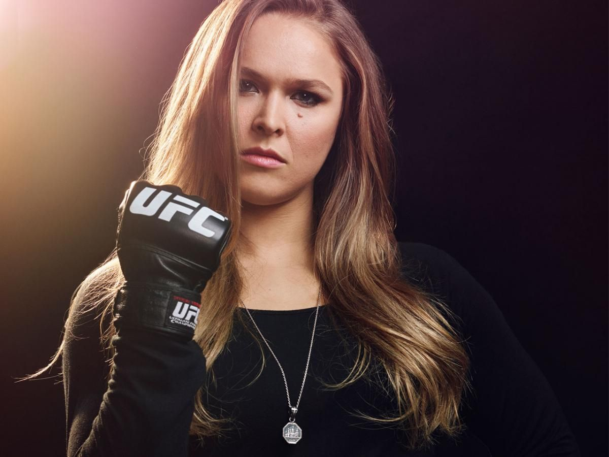 The Hottest And Deadliest Female Ufc Fighters Ronda Rousey Ronda Rousey Photoshoot Ronda Rousey Ufc