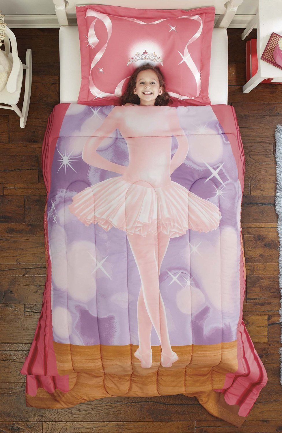 Twin Bed Hotel Room: 15 Amazing Bedding Sets As Gifts For Little Girl You Shall