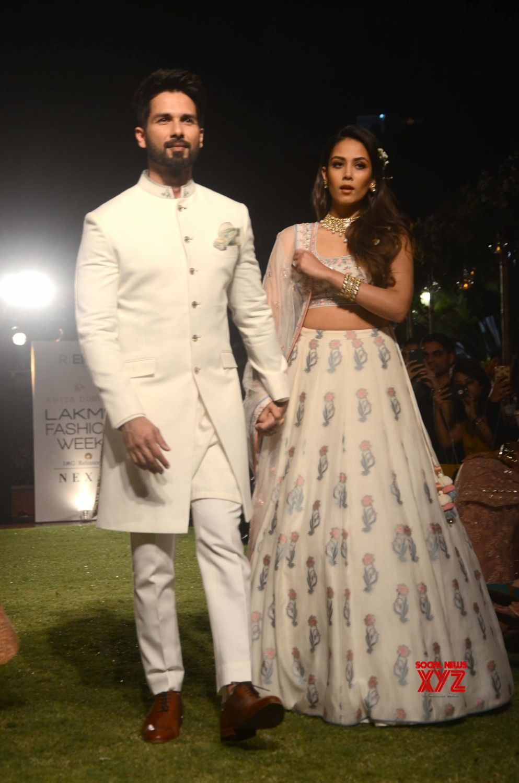 Shahid Kapoor Mira Rajput Wedding Dress Beautiful Baby Pink Lahenga Indian Wedding Outfits Shahid Kapoor Wedding Wedding Sherwani