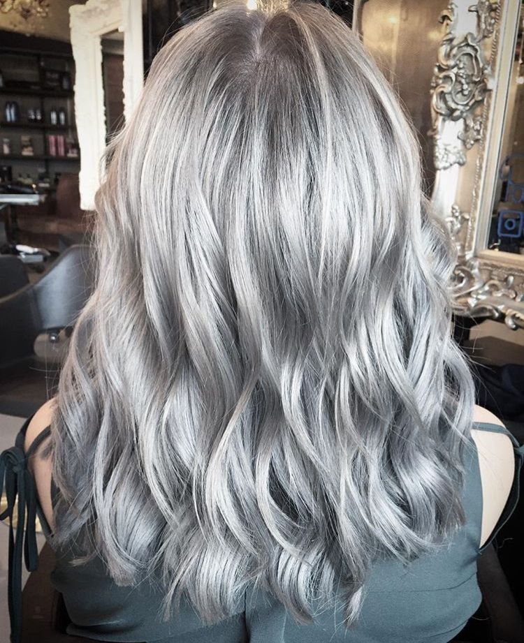 Color Redken Silver Shades EQ by Paco LaTorre Live True
