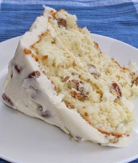 flour 8 ounces cream cheese 1/2 cup butter 1 teaspoon vanilla extract #cookiesandcreamcake