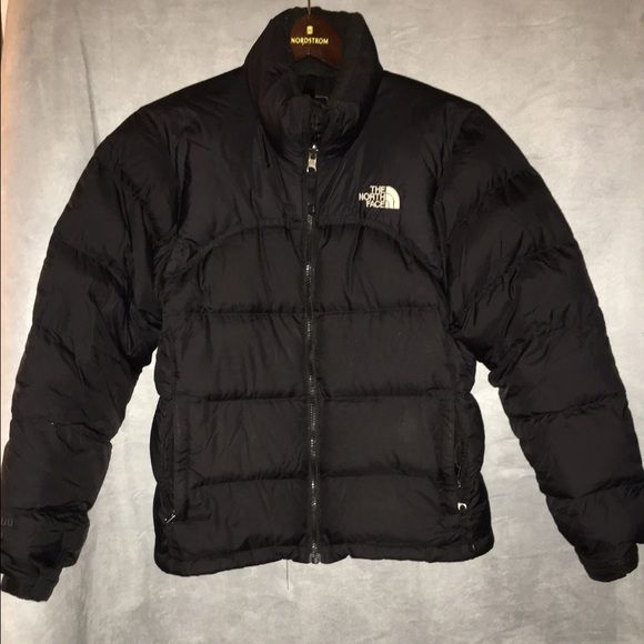 Excellent condition haven t used much.warm down thermal insulation.  Quilting throughout body. Great for outdoors . The North Face Jackets    Coats Puffers 709f349d2