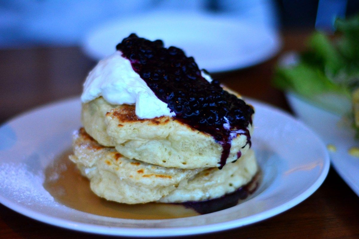 My cousin and I started a monthly routine of getting brunch or dinner in Toronto. He recently moved to downtown Toronto and wanted to explore all the restaurants the city offered. As a foodie I nat...