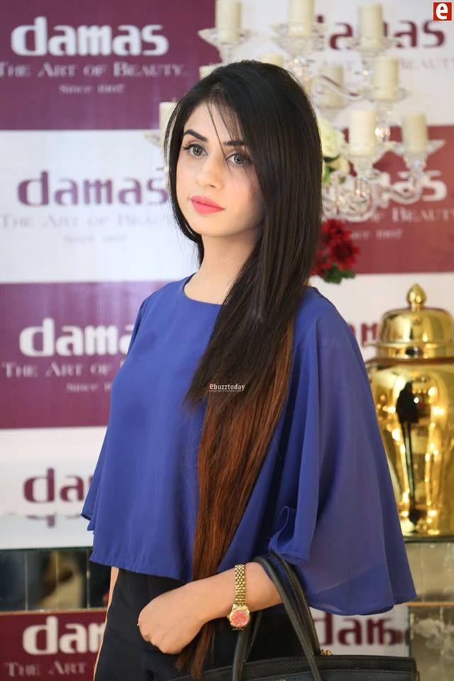 Damas Jewelry Pakistan Flagship Store Event In Lahore Where Pakistani Showbiz Models Showing The Jewelry Model Damas Jewellery Fashion