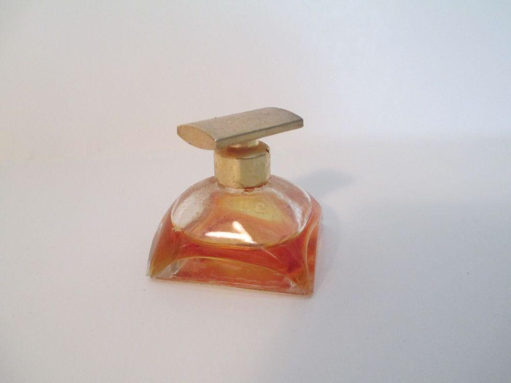 Spellbound Estee Lauder Mini Perfume 12 Oz 1 3 Full Esteelauder Perfume Perfume Bottles Estee Lauder