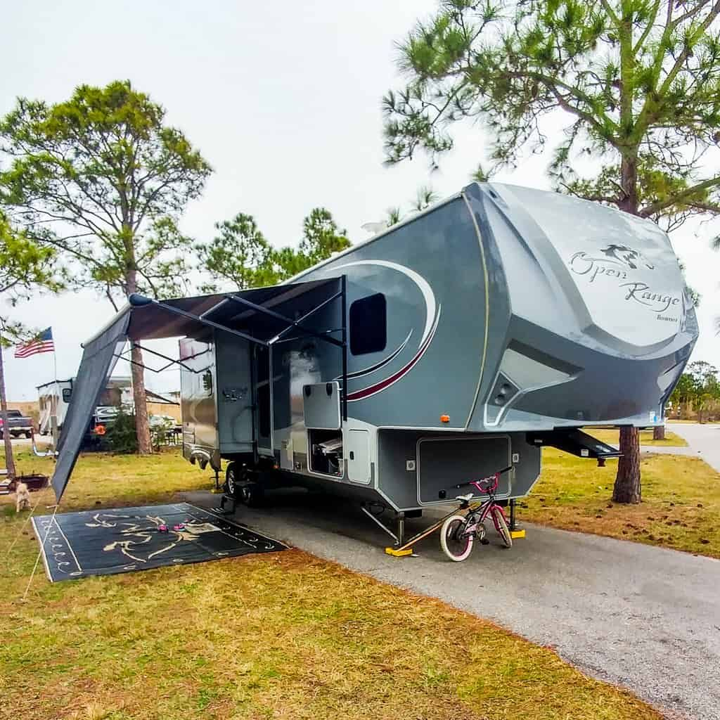 You Need To Have This Awesome RV Awning