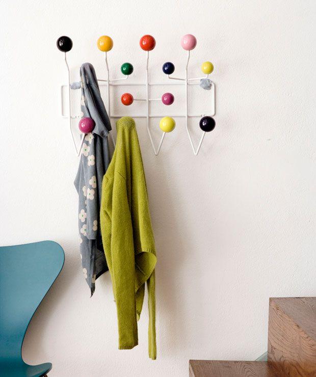 Vitra Hang It All Kindergarderobe Design Charles Ray Eames 1953 Garderobe Selber Bauen Kreative Ideen Ideen