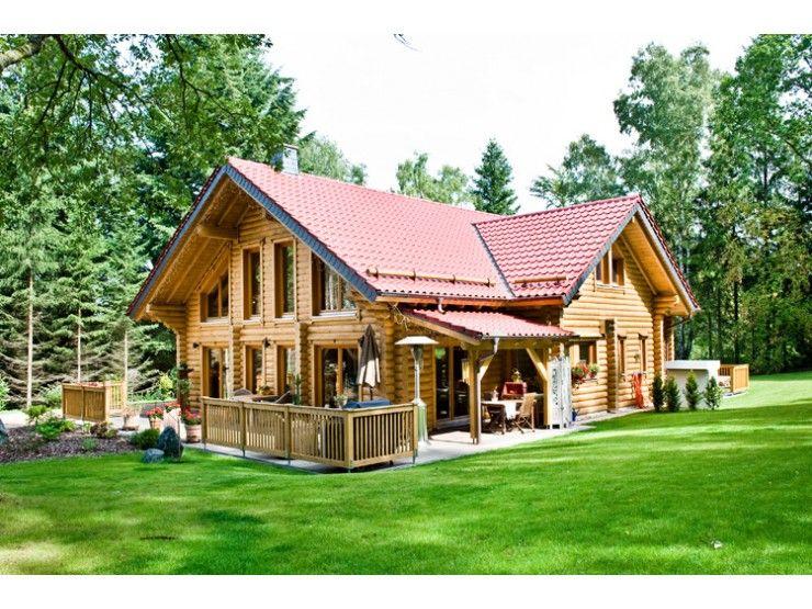 Huippu einfamilienhaus von honka blockhaus gmbh for Landhausstil haus bauen