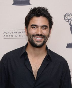 Witches Of East End Season 2 Steven Berkoff And Ignacio Serricchio Join Cast Witches Of East End Ignacio Young And The Restless