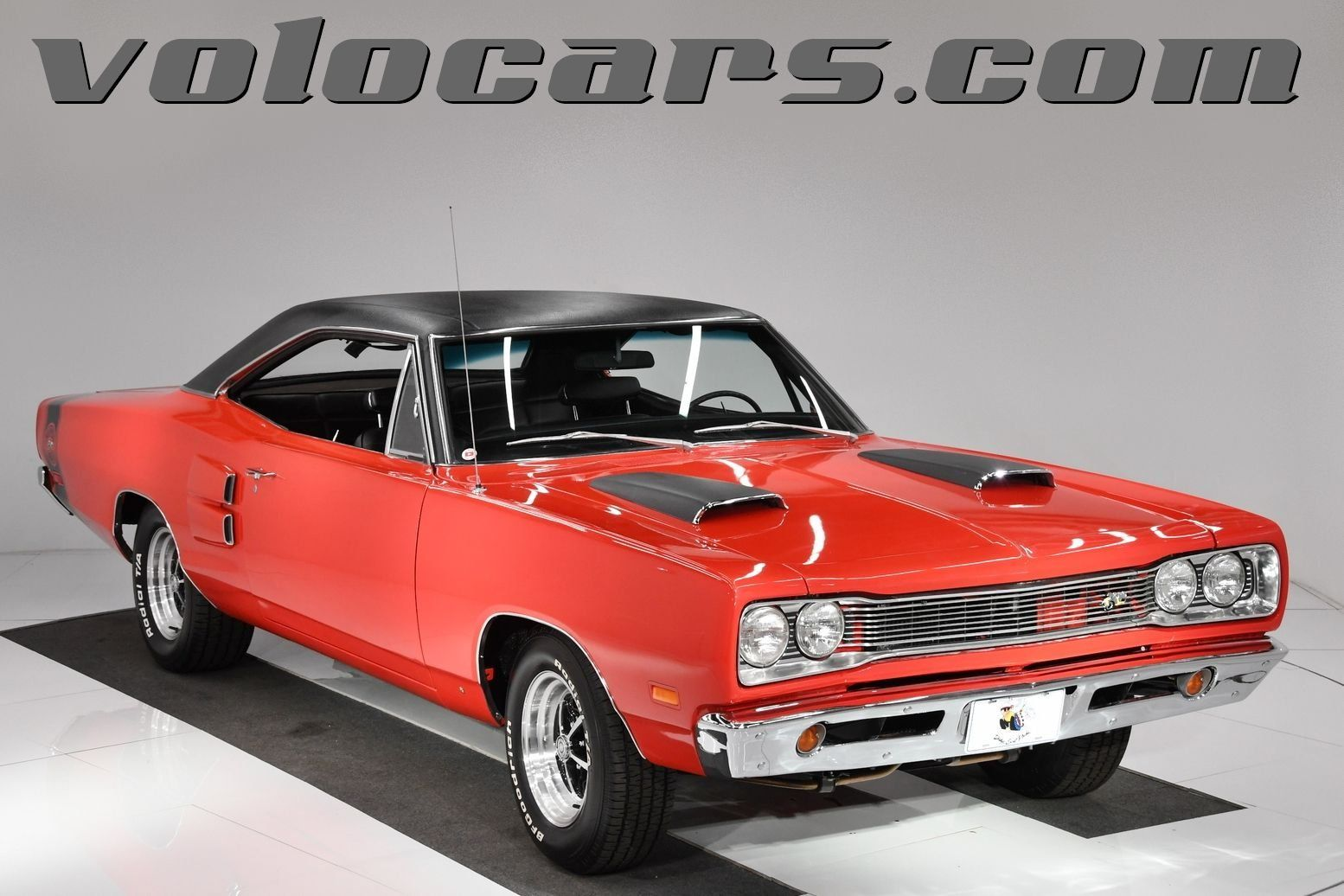 1969 Dodge Super Bee Volo Auto Museum Dodge Super Bee Good Looking Cars Red Car