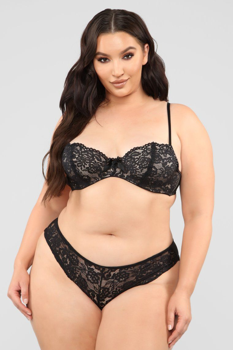 prix compétitif commander en ligne magasin discount On The Balcony Lace 2 Piece Set - Black | La belle en 2019