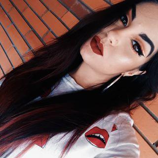 Makeup de ontem  @juviasplace The Magic Palette & Mini Masquerade @it_style_portugal coverstyle foundation @milanicosmetics amore matte lip cream 'Fierce'  #makeup#juviasplace #makeupblogger #makeupbabe #makeupbyme #eyemakeup #eyeliner #eyeshadow#blogger #liquidlipstick #lipstick #milani #amorematte #mua #muasunder10k #makeupaddicted #muaunderdogs #featuring_mua #undiscoveredmua