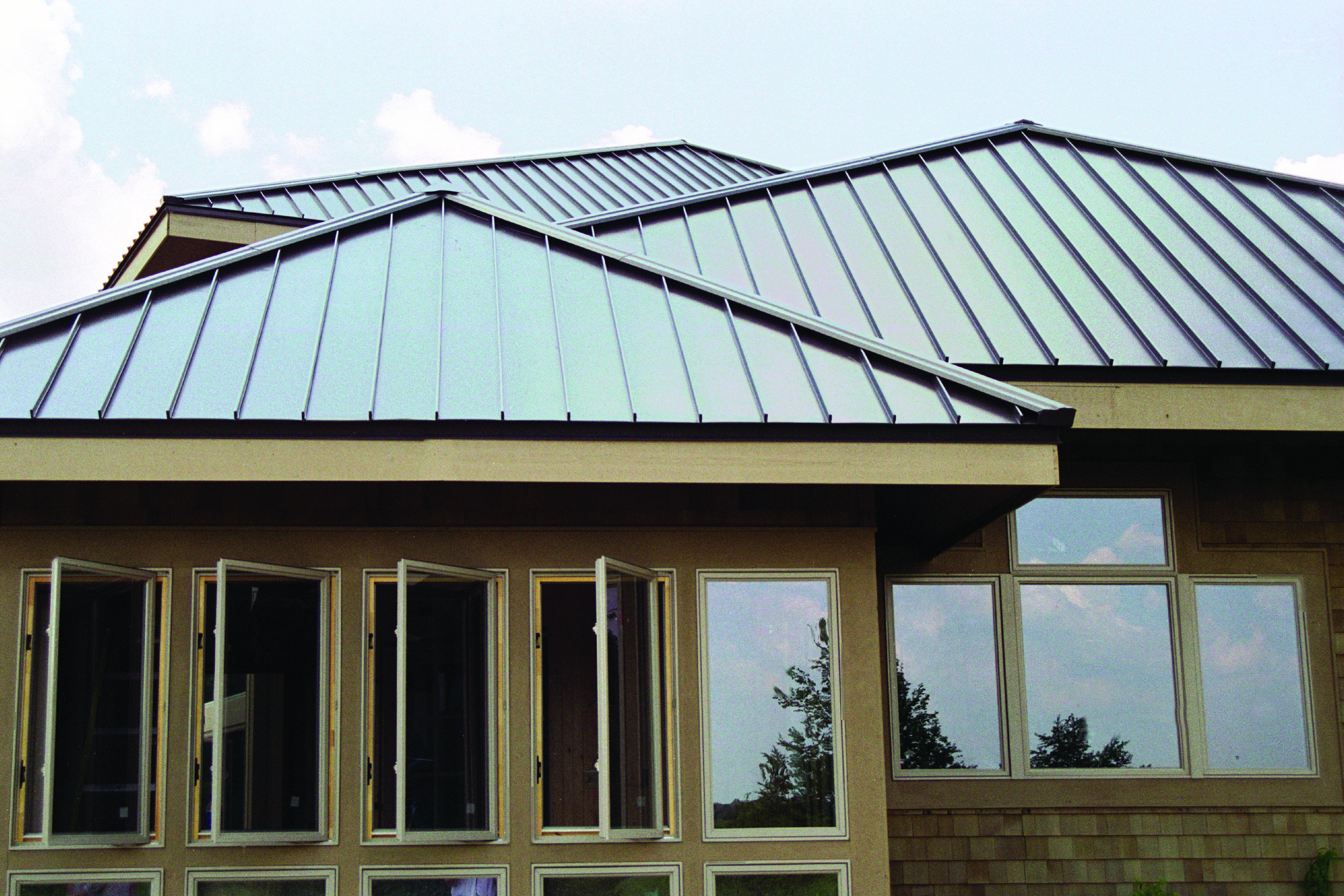 Metal Standing Seam Can Look Good Too Residential Metal Roofing Standing Seam Metal Roof Standing Seam
