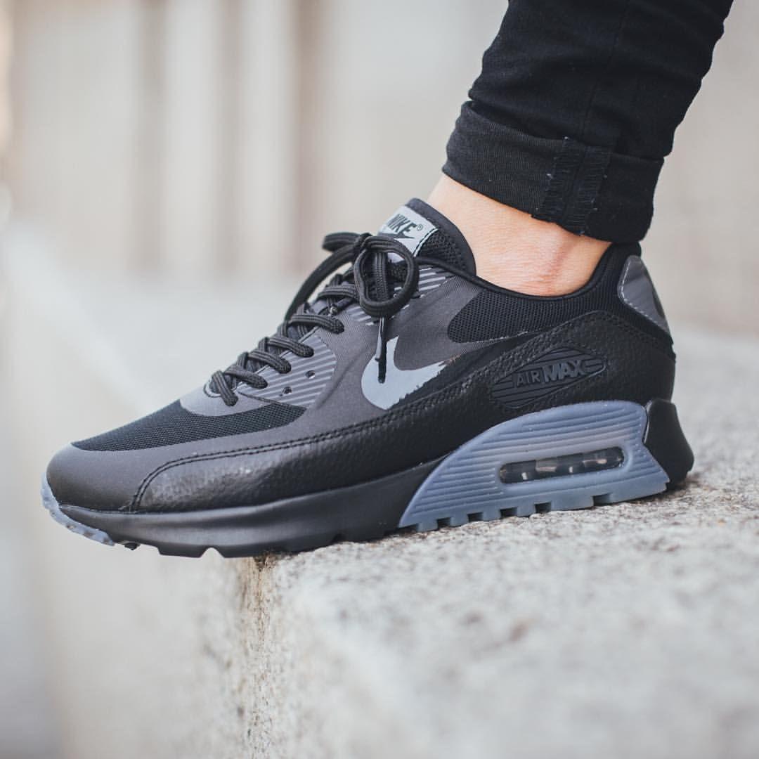 air max 90 ultra black and gray