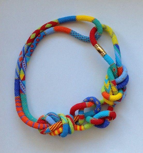 Mobilia Nürnberg stil in nürnberg stilberatung farbberatung bead crochet necklace