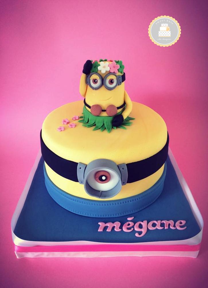 cake design thème #minion #moimocheetmechant / bleu, jaune et rose