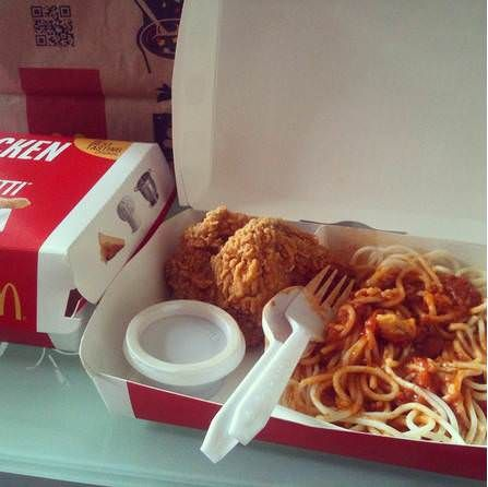 McDonald's Philippines Fried Chicken with Spaghetti