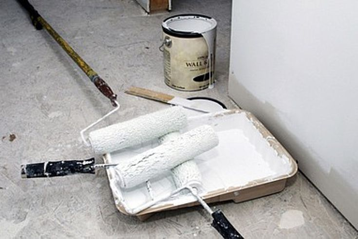 Old paint heres how to handle it paint cans painting