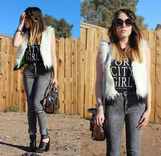 Get this look: http://lb.nu/look/5765693  More looks by Esmirna Tapia: http://lb.nu/missesmirnatapia  Items in this look:  Vera Wang Princess Faux Fur Vest, Brandy Melville Usa New York City Girl Tank, Forever 21 Skinny Jeans, Pacsun Booties   #esmirnatapia #trendy #jeans #trendsetter #forever21 #brandymelville #verawang #vest #fauxfur