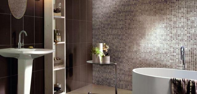 Zeitgen ssische bad design wand mit mosaikfliesen for Wand im bad gestalten