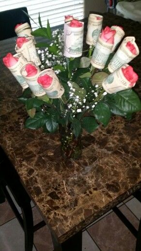 When you give your girl flowers ...Tha Playa way