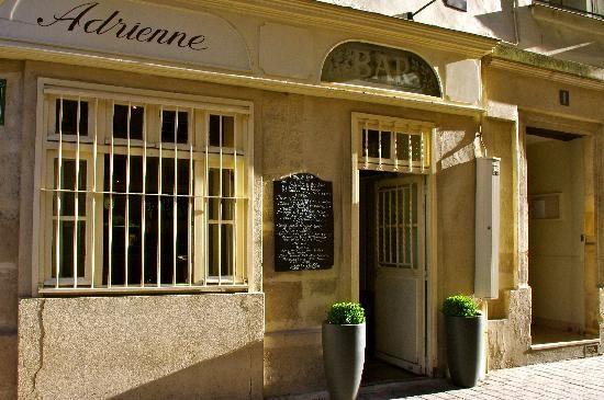 Chez La Vieille Paris Consultez 106 Avis Sur Chez La Vieille Note 4 5 Sur 5 Sur Tripadvisor Et Classe 3 179 Sur 16 893 Restaurant Paris Paris Restaurants
