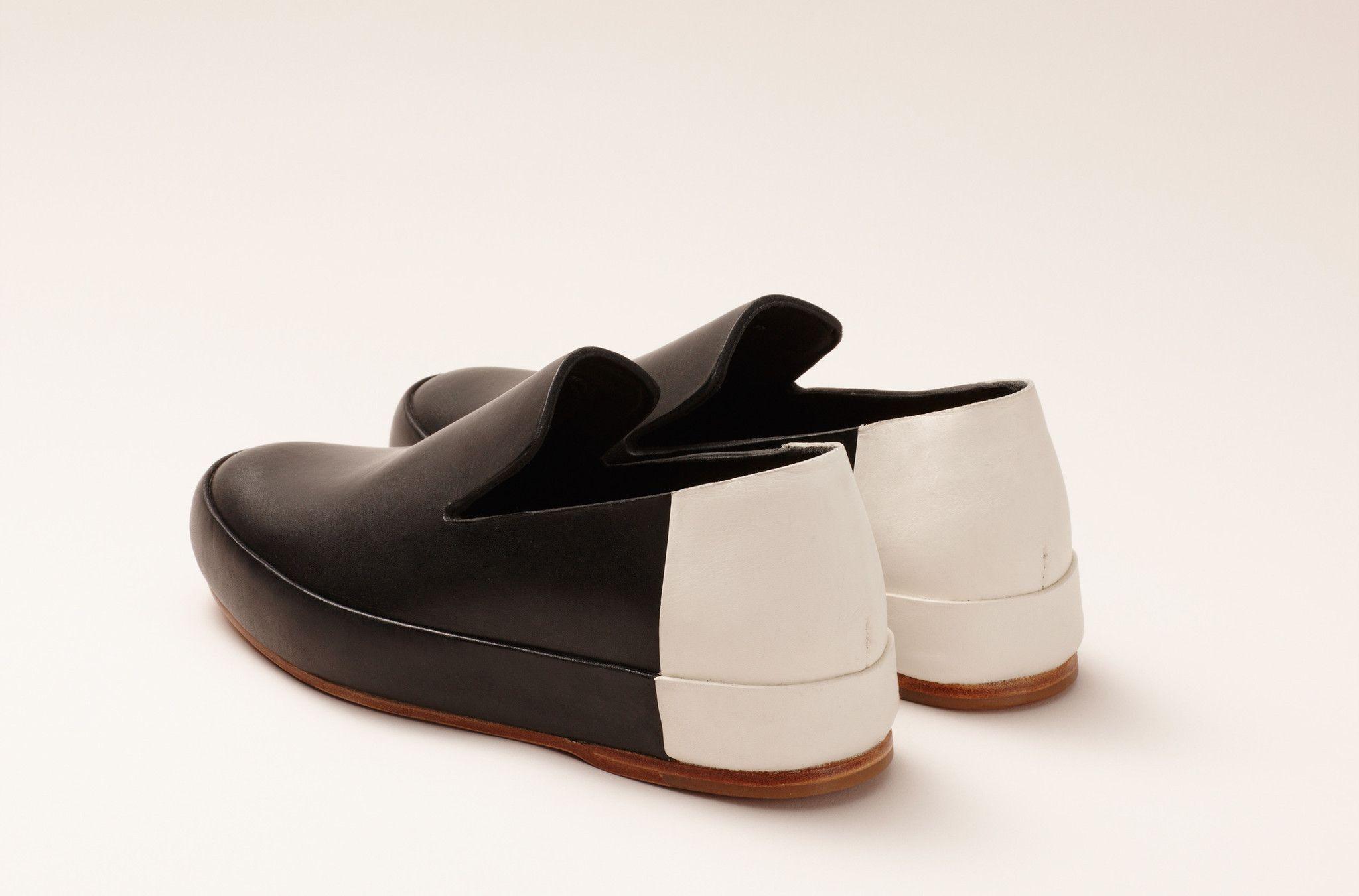 Women's Bi Color Slipper Black White