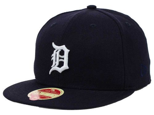 brand new 954d1 0f25d Detroit Tigers New Era MLB Wool Classic 59FIFTY Cap Hats
