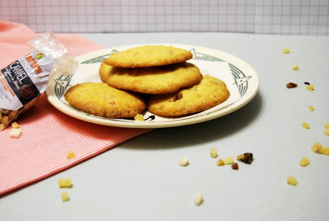 Pour changer du traditionnel cookies aux pépites de chocolat et éclats de noisettes, voici une version aux fruits déshydratés...