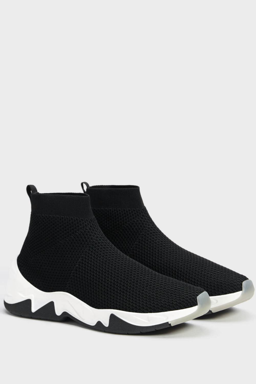 Bershka Kadin Siyah Corap Model Yuksek Bilekli Spor Ayakkabi 15294031 Trendyol 2020 Siyah Spor Ayakkabi Ayakkabilar Siyah Spor
