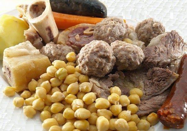 #Receta Tradicional de #Cocido #Castellano de #Garbanzos #comer en #españa con #aove