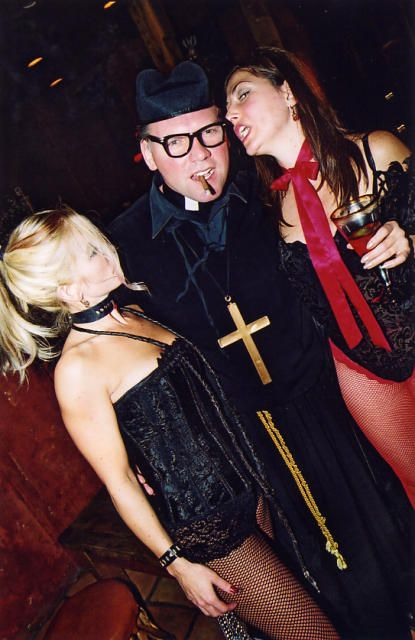 what to wear for a tarts and vicars party