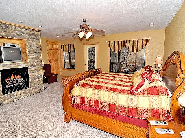 Suite Temptations - Stay in this gorgeous 2 bedroom cabin ...