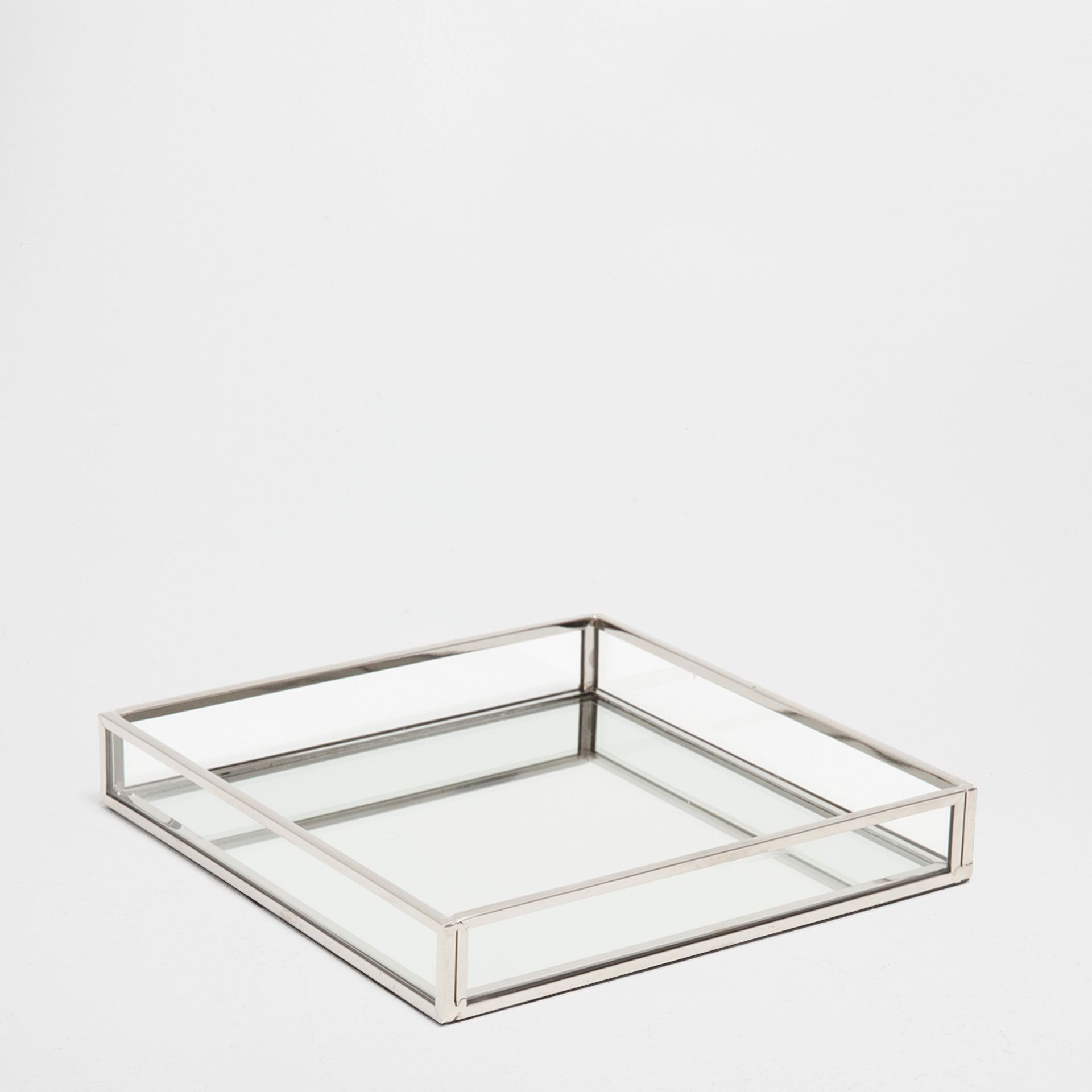 Image 1 Of The Product Silver Metal Mirror Decorative Tray