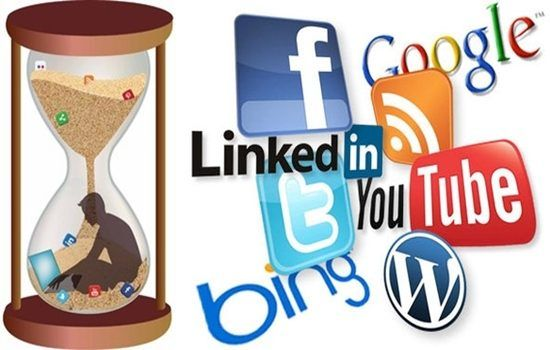 Negative Effects Of Social Media On Our Lives Social Networking Apps Social Media Social Networks