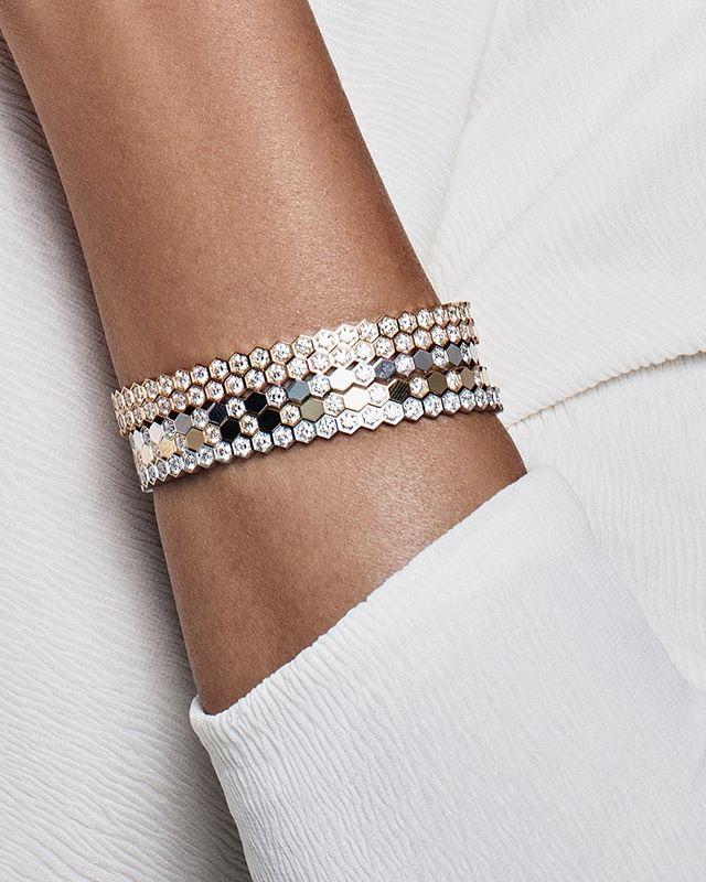 Chaumet Arabia V Instagram اكتشفي أساور بي ماي لوف الجديدة بتصاميم من الذهب المرص عة بالألماس حيث تكشف شوميه عن تصميمها الأ Fashion Bracelets Chaumet Jewelry